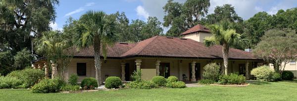 ISKCON Alachua temple building, view of front entrance